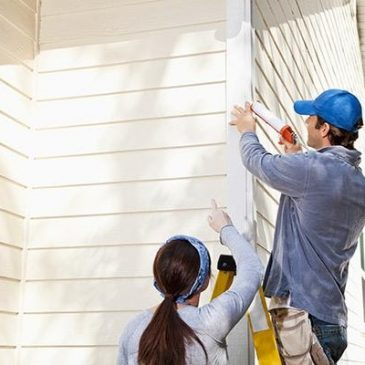 Important Questions to Ask Before Hiring a Siding Repair Contractor